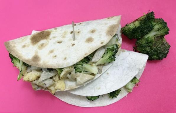 tacos de brócoli y pechuga